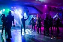Impreza-taneczna-firmowa-z-dj