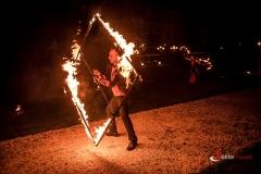 Teatra ognia - wykorzystujemy różne sprzęty w trakcie fireshow