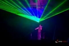 Pokaz laserowy i skrzypce