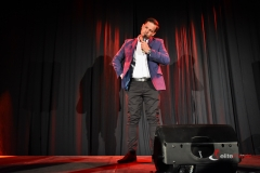Stand-up-elitemusic (3)