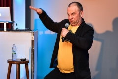 grzegorz-halama-stand-up (5)