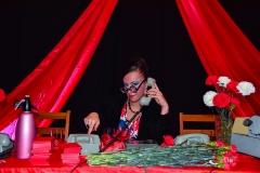 Stół partyjny - Pani Jadzia dzwoni