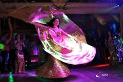 Solowy występ tancerki tańca orientalnego
