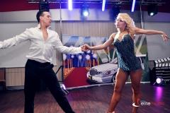 Pokaz taneczny w wykonaniu zawodowej pary tancerzy