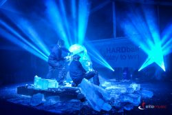 Wyjątkowy pokaz rzeźbienia w lodzie na żywo Elite Music